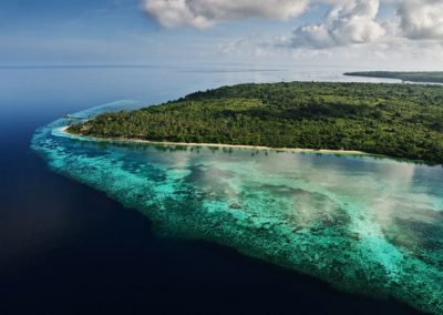 Aerial-of-resort-Wakatobi_photo-by-Didi-Lotze